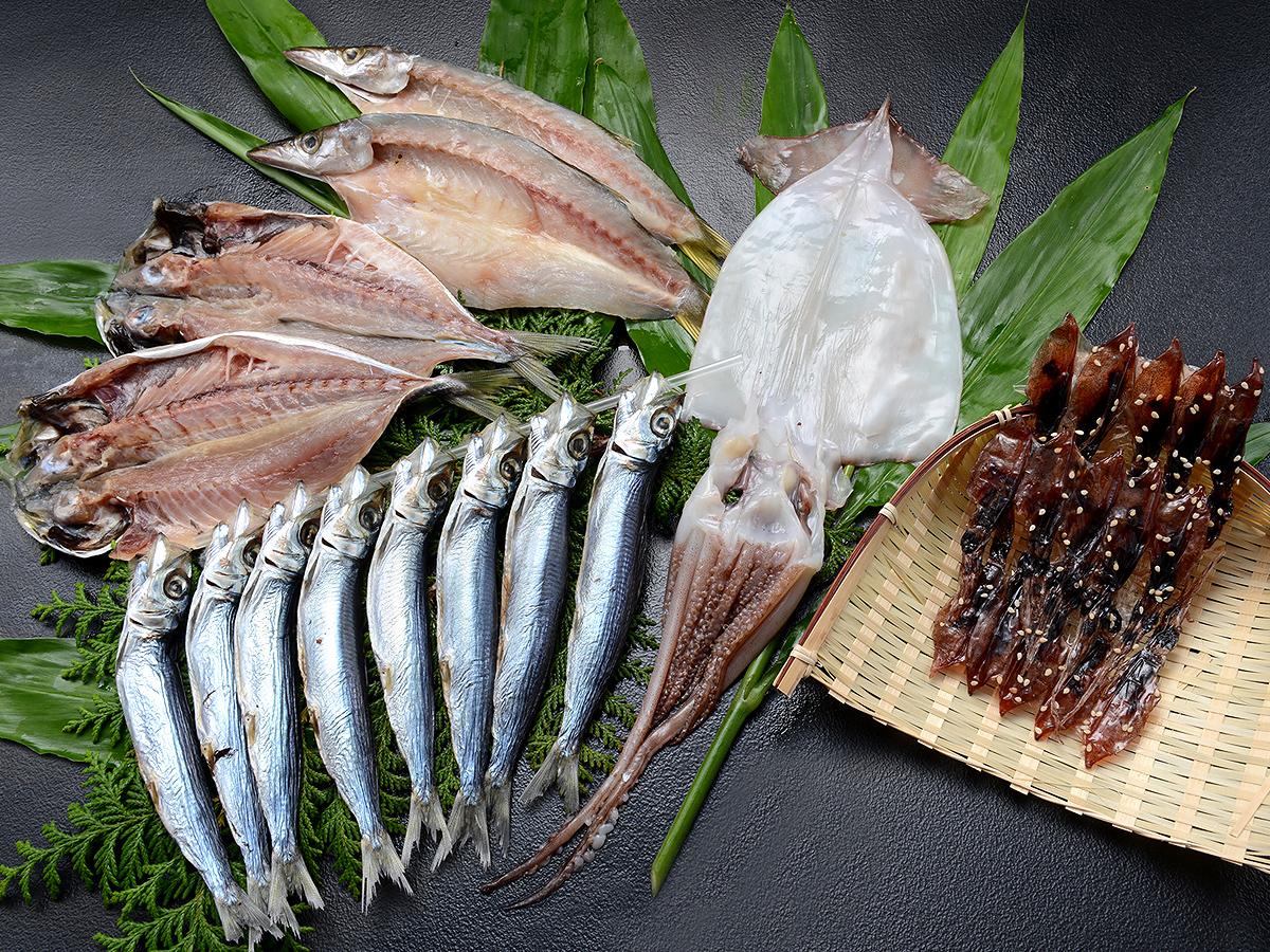 ホタルイカ入り地魚セット
