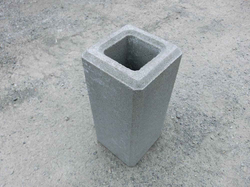 基礎ブロック 300角×H500  61kg 【送料込】