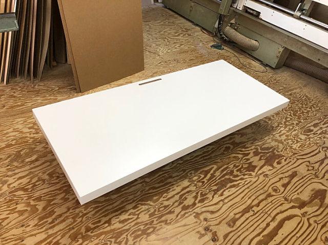 パソコンデスク天板 モニターアーム取り付け穴開口付き