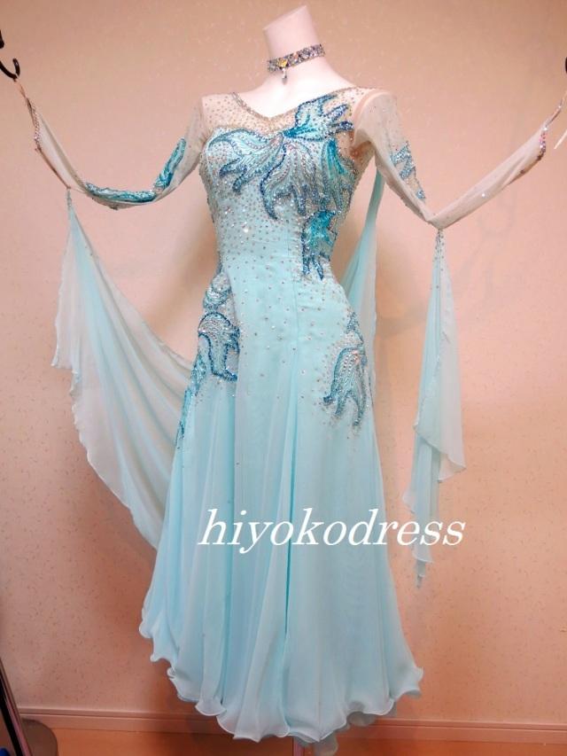 M1083 ライトブルーのスタンダードドレス