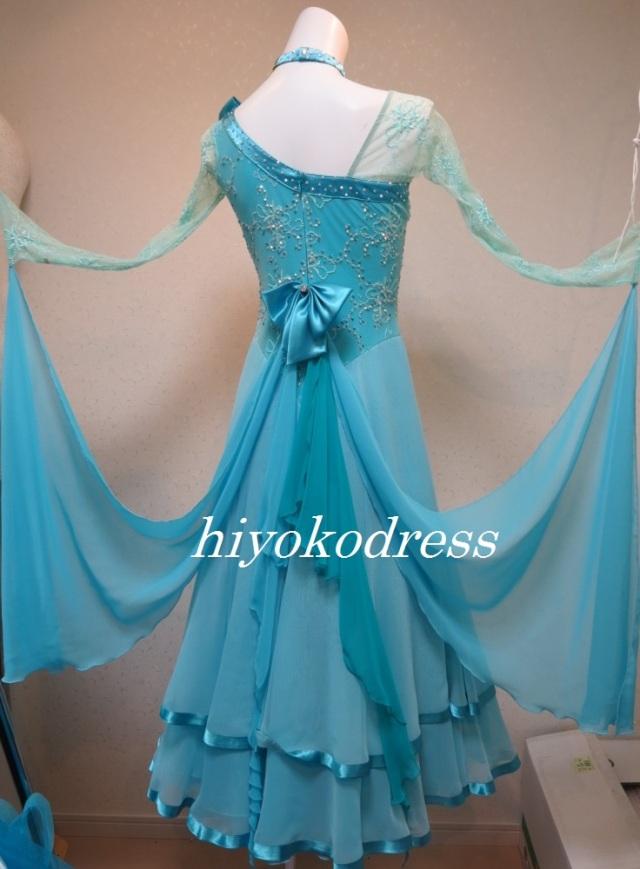 b8c37829b2a3b M1144 インザムード製 水色ドレス