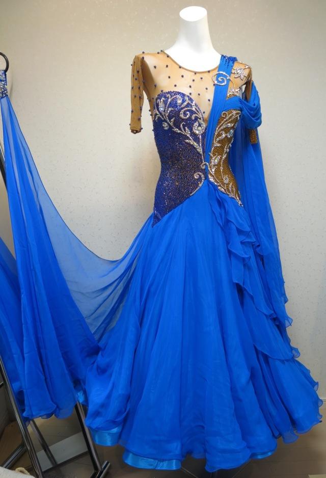 aa3322a0503b1 M1207 グランドアムール製 新品未使用のロイヤルブルーゴールドドレス