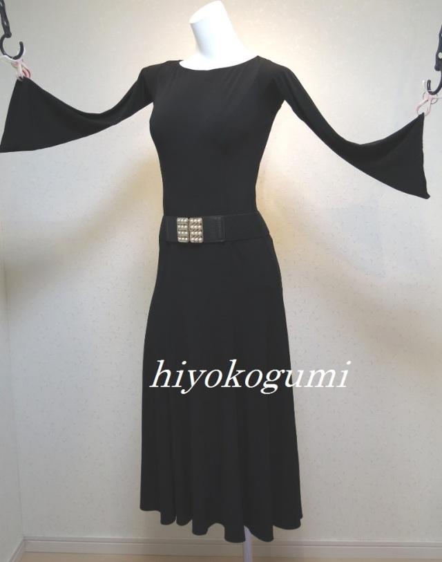 M946 タカダンス製 黒のワンピースLサイズ
