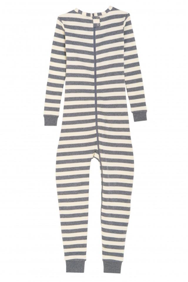 障害児、医療的ケア児の介護服。オムツいじり対策。ワンピース、つなぎパジャマ。子供の弄便、脱衣、性器いじり。