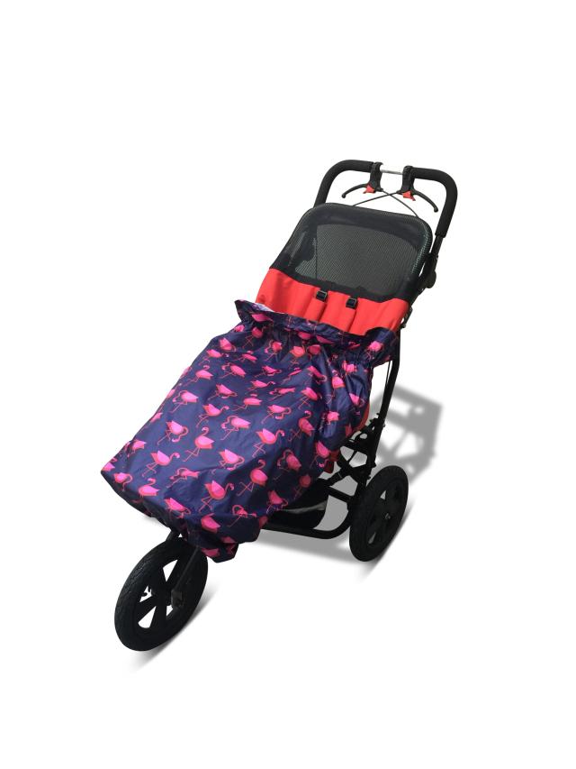 障害児、医療的ケア児、車いすやバギーのためのレインカバー。介護用レインコート。 フラミンゴ。車椅子レインコート。