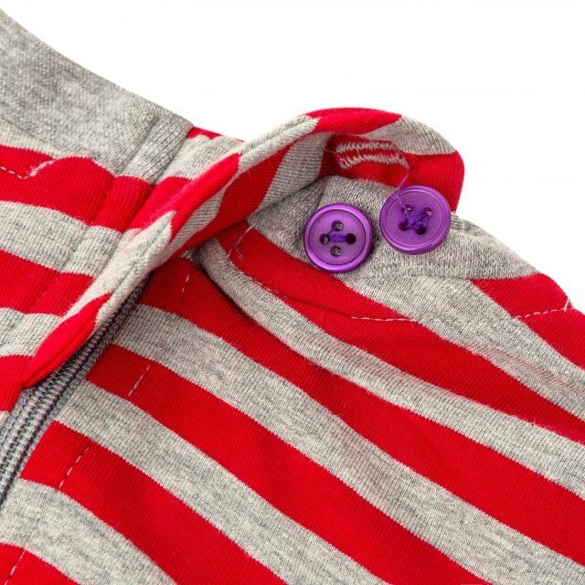 オムツいじり対策用つなぎパジャマ。障害児むけ介護用子供服。半袖半ズボン、レッド。