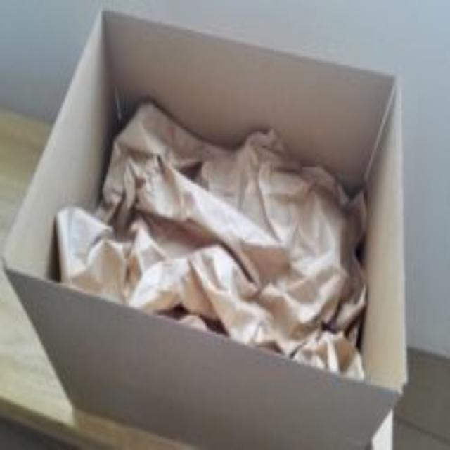 両更クラフト包装紙は緩衝材に