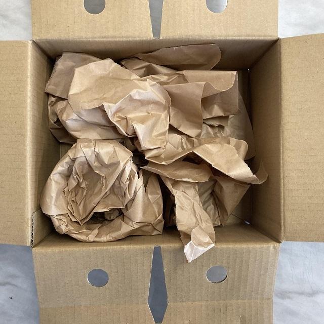 包装紙の茶色です