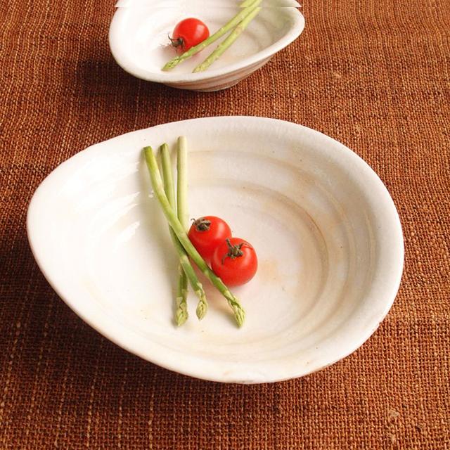【和食器通販ショップ 藍土な休日】作家 陶芸家 うつわ工房 熊谷 粉引 白 陶器 楕円 鉢 土物