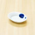 【和食器通販ショップ藍土な休日】有田焼 一峰窯 染付花唐草リムオーバル皿(ミニ)