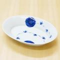 【和食器通販ショップ藍土な休日】染付花唐草リムオーバル皿(中)