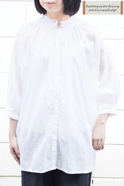 【送料無料】スモッキング刺繍 ロングブラウス(全2色)