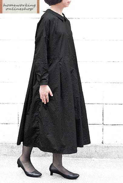 【送料無料】高密度サテン切替タックワンピース(ブラック)