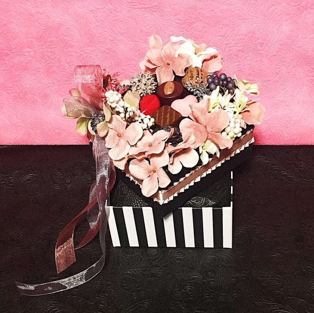 《おむつケーキ》ハッピーチョコレート・出産祝い・インテリア・オリジナル・手作り・ベイビーシャワー・ギフト・限定品
