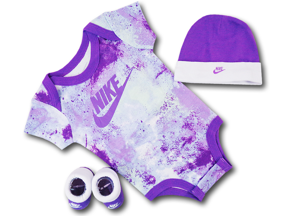 BH872 べビー ナイキ ロンパース3点セット Nike Infant Set 帽子 靴下 ギフトセット 紫白【箱付き】