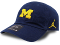 FB466 ジョーダン NCAA ミシガン大学 ウルヴァリンズ ストラップバックキャップ Jordan Michigan Wolverines Strapback Cap 帽子 紺黄色