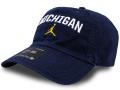 FB467 ジョーダン NCAA ミシガン大学 ウルヴァリンズ ストラップバックキャップ Jordan Michigan Wolverines Strapback Cap 帽子 紺白黄色