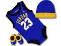 BH878 べビー ジョーダン ノースリーブロンパース 3点セット Jordan Infant Set 帽子 靴下 ギフトセット 青黄色白【箱付き】