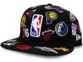 CN207 ニューエラ NBA チームロゴ スナップバックキャップ New Era NBA Team Logos All Over Snapback Cap 帽子 黒