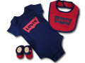 BH889 べビー リーバイス ロンパース3点セット Levi's Infant Set スタイ 靴下 ギフトセット 紺赤【箱付き】