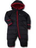 BT949 ベビー Jordan Winter Puffer Hooded Snowsuit Coverall ジョーダン スノースーツ 中綿カバーオール 黒赤