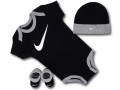 BH842 べビー Nike Infant Set ナイキ ロンパース3点セット 赤ちゃん ベビー服 ギフトセット 黒灰白【箱付き】