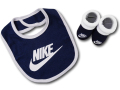 BA594 ベビー ナイキ スタイ&ソックスシューズ セット Nike Infant 赤ちゃん よだれかけ 靴下 紺白