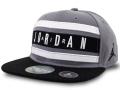 KC703 ジュニア ジョーダン スナップバックキャップ Jordan Youth Snapback Cap キッズ 帽子 ダークグレー黒白
