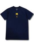 JN442 メンズ ジョーダン NCAA ミシガン大学 ウルヴァリンズ トレーニングTシャツ Jordan Michigan Wolverines カレッジ 紺黄色【ドライフィット】 【メール便対応】