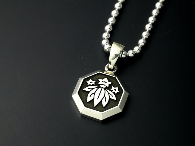 家紋ペンダント・八角