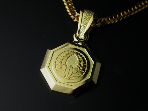 家紋ペンダント・八角・中・K18金ゴールド・松コース