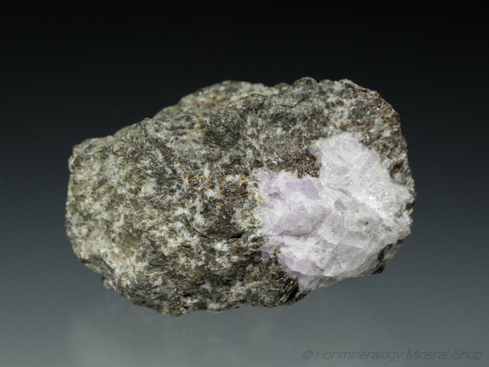 ハックマン石