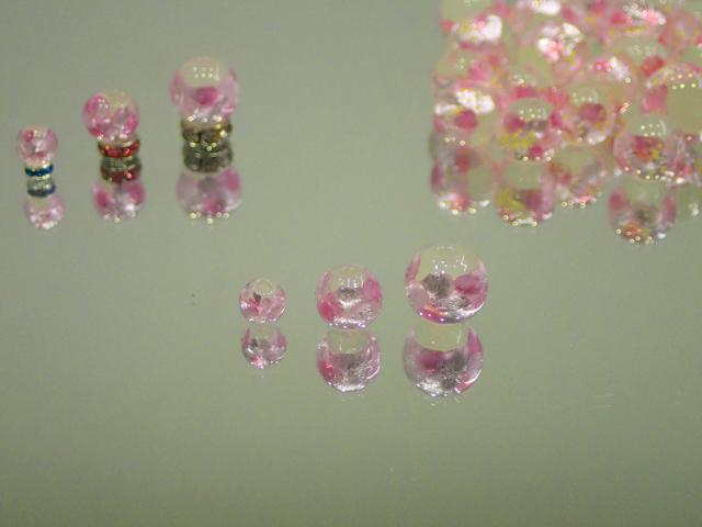 片穴丸玉 白・ピンク 6mm玉 最安値 1個 155円~ 夜光ホタルガラス【ネコポス便可】