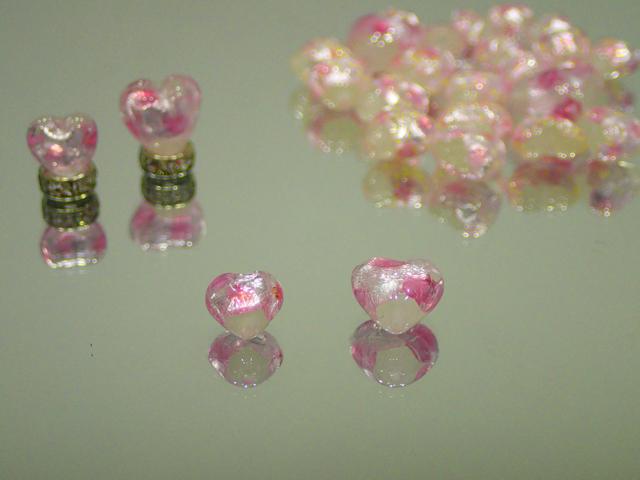 ハート 白・ピンク 8mm玉 最安値 1個 180円~ 夜光ホタルガラス【ネコポス便可】