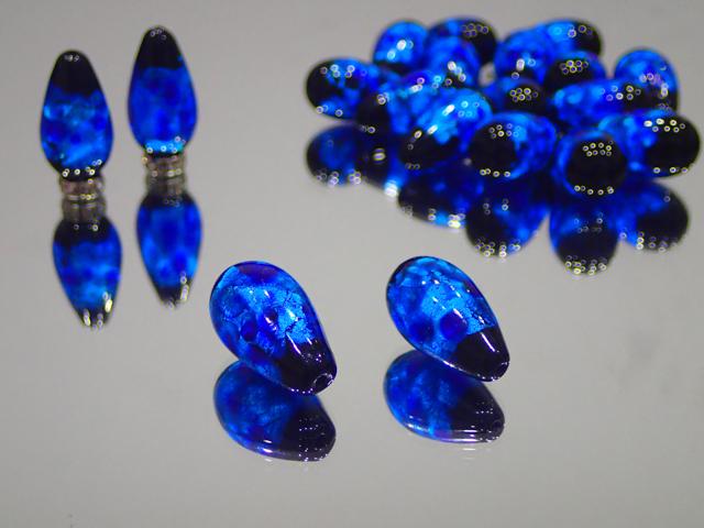 片穴しずく 黒・スーパーブルー 12mm×23mm 最安値 1個 250円~ 夜光ホタルガラス【ネコポス便可】
