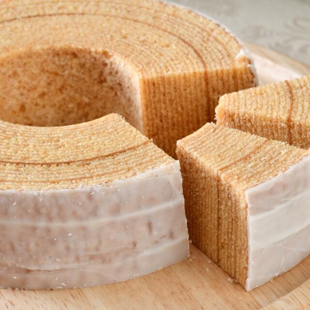 【国産バター使用/ふわふわしっとり食感】バームクーヘン