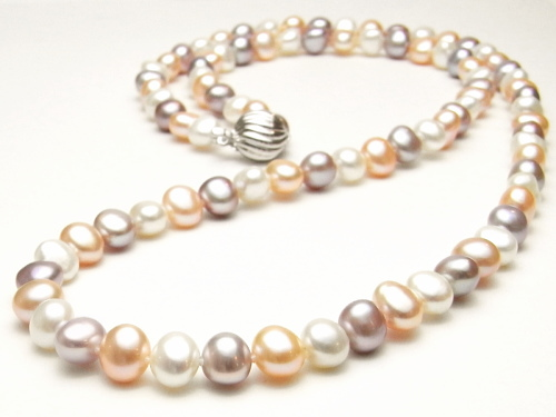3色マルチカラーの淡水真珠ロングネックレス(9~8ミリ/80cm)
