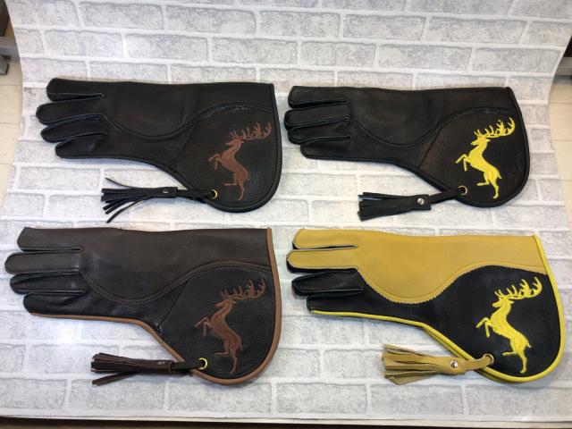 ファルコングローブ 鹿刺繍