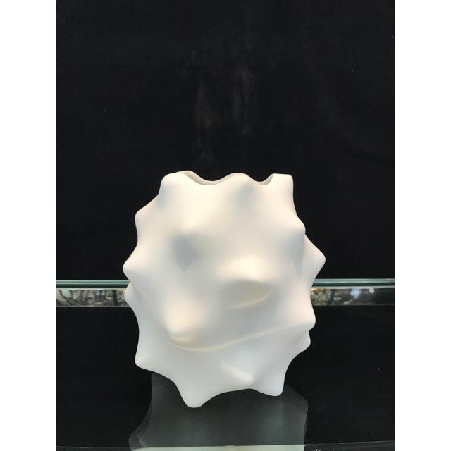 Flower Vase / フラワーベース|陶器花瓶|マット仕上げ|ソーン型|OBJ0076