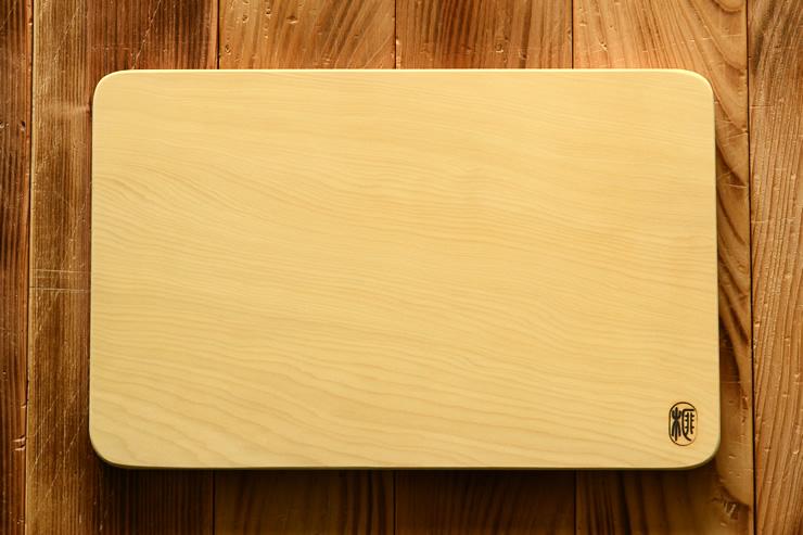 希少な榧の木 本榧のまな板 角丸 中 厚さ2cm(送料無料)