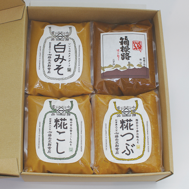 【ご贈答・お中元・お歳暮】味噌1kg x 4(コードNo.28)