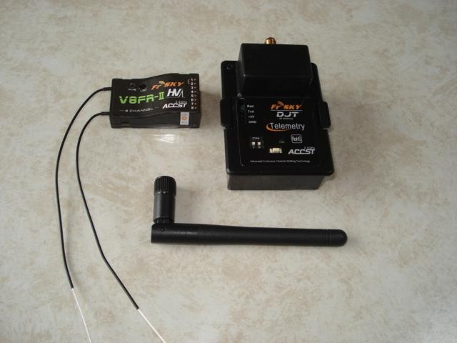 FrSky製 JR用 2.4GHz モジュール&受信機セット