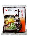じっくり煮込んだ牛骨の濃厚な味わい! [農心] サリコムタン麺 (110g)