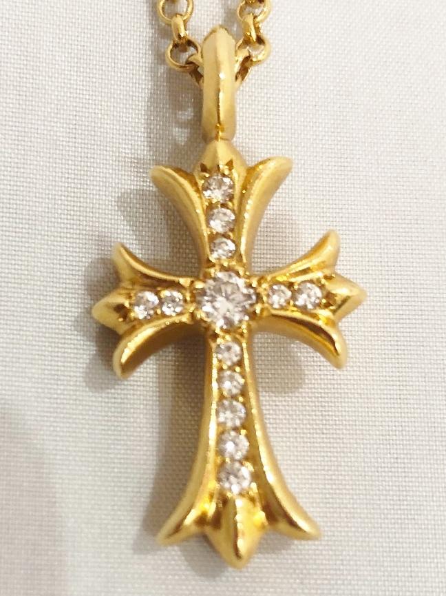 CHROME HEARTS(クロムハーツ) ネックレス タイニーCHクロスファットチャーム K22 ダイヤモンドパヴェ