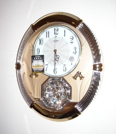 メロディと共にLEDがランダムに点滅!アミュージングクロック スモールワールドルミエル 4MN430RH18 リズム時計