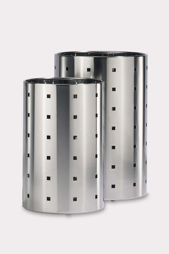 シンプルに部屋を飾る ステンレス製ゴミ箱QUADRO Φ20 ZACK 50511