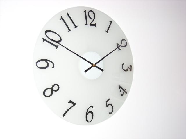 高級感あるガラスドームデザインが素敵! CAPITO製掛け時計 DOME GLASS