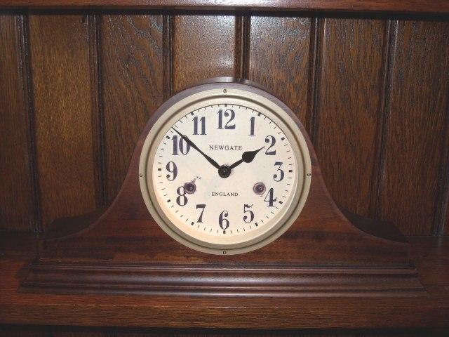 天然木でアンティーク調デザインがお洒落! NEWGATEニューゲート 置時計 Brompton BR BRO95DO