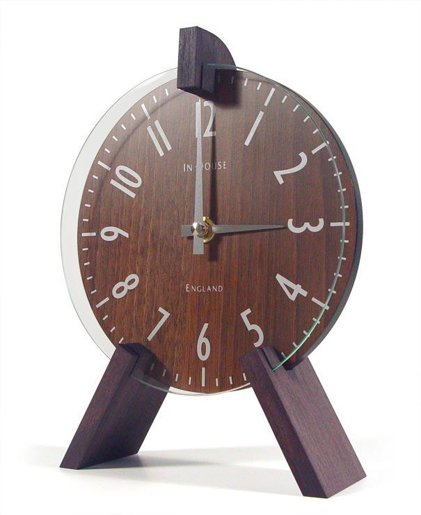 木製ペグがお洒落なアクセント! INHOUSEインハウス製置き時計 トリオデスククロック  ウォルナットM66WV