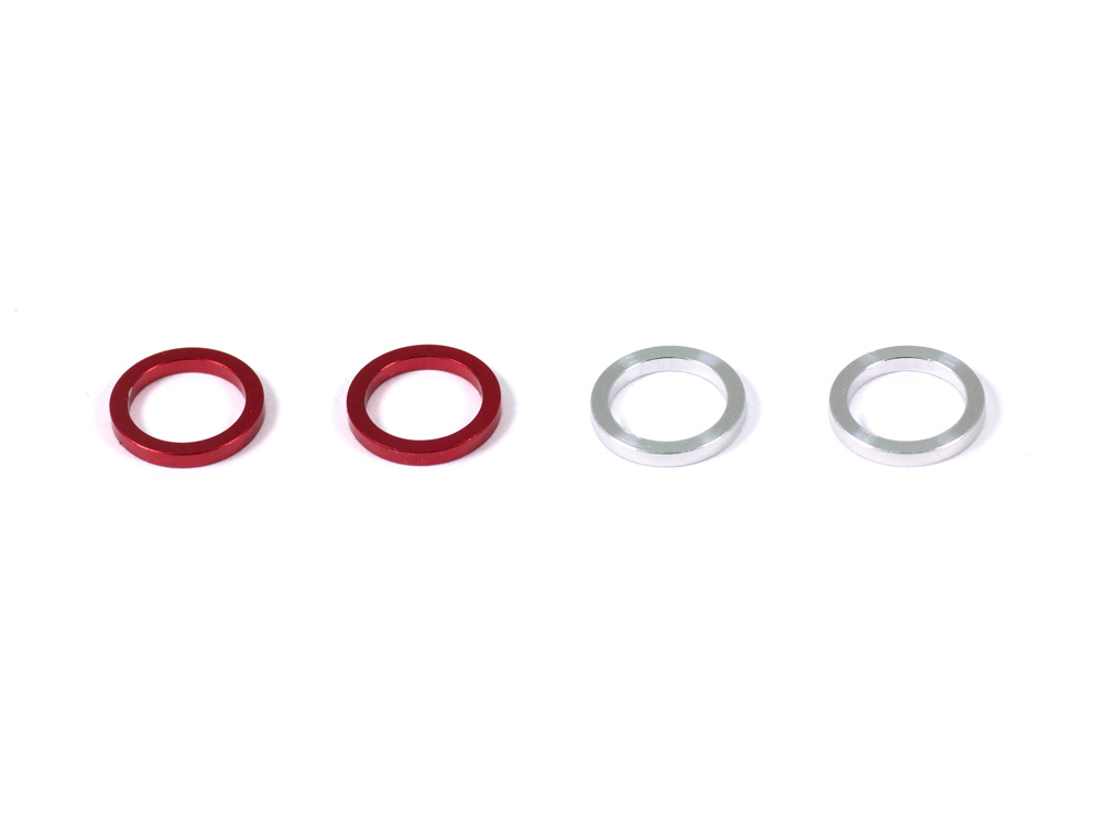 REAR BODY MOUNT SPACER (SILVER/RED)